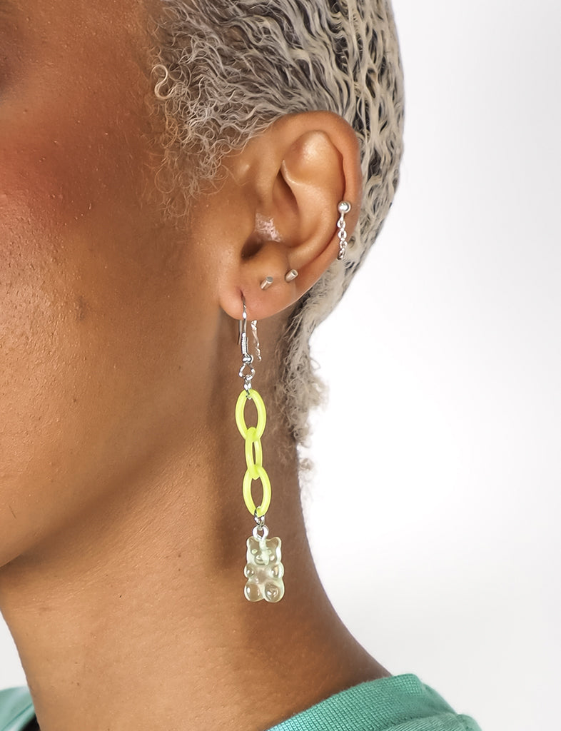EAT ME GUMMI EARRINGS - GREEN