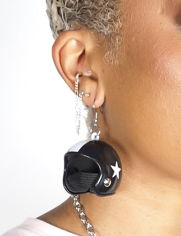 RACING HELMET EARRINGS - BLACK