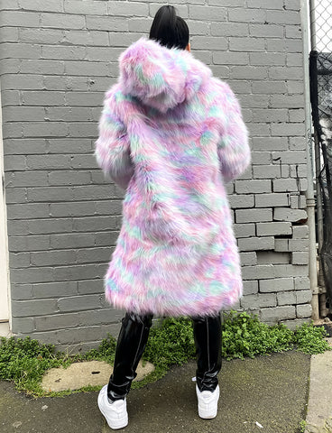 *EXCLUSIVE* MARSHMALLOW FAUX FUR JACKET