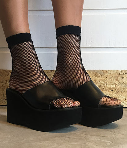 NIGHTCRAWLER FISHNET SOCKS