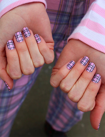 PLAID IS THE NEW BLACK NAIL WRAPS