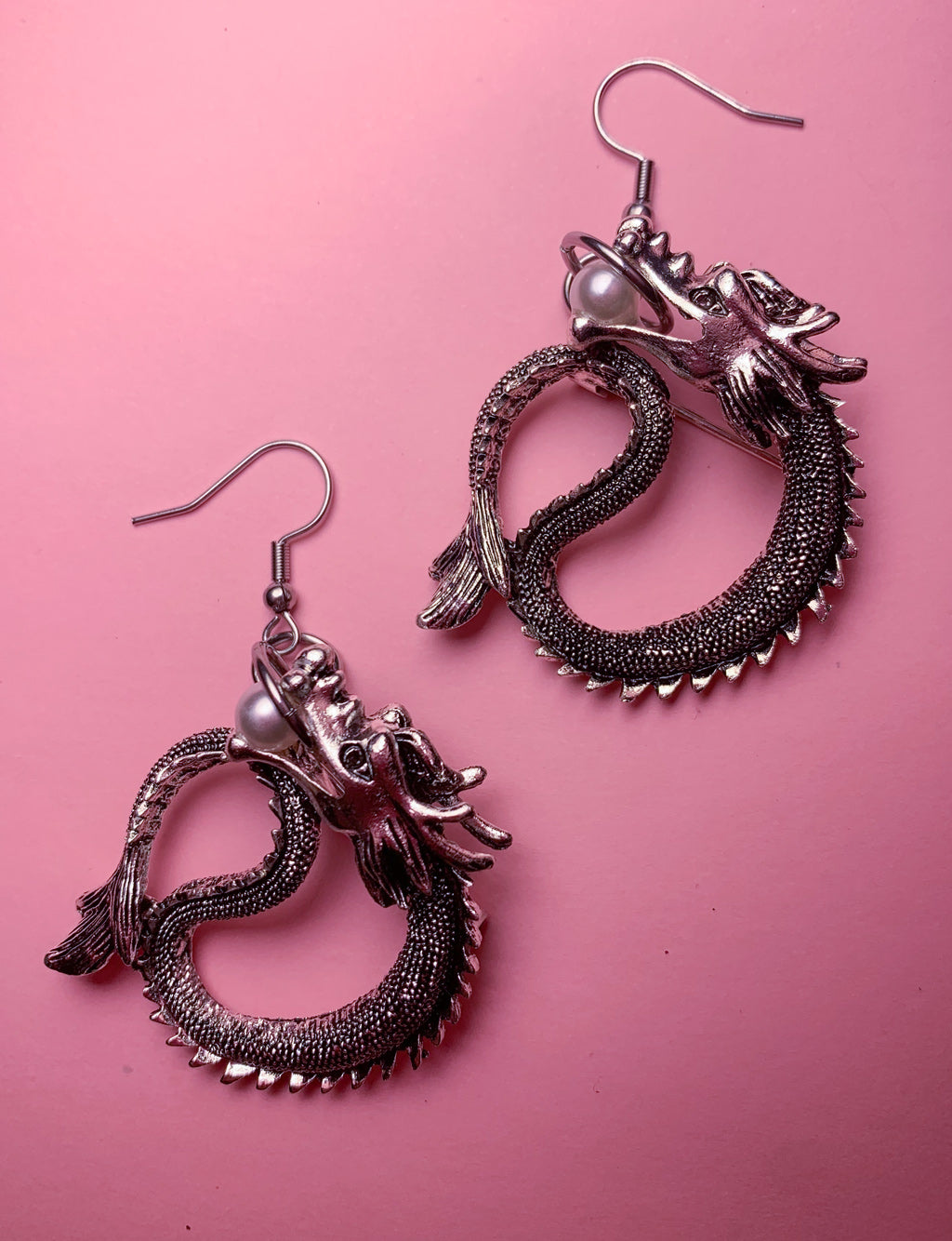 PEARL DRAGON PENDANT EARRINGS