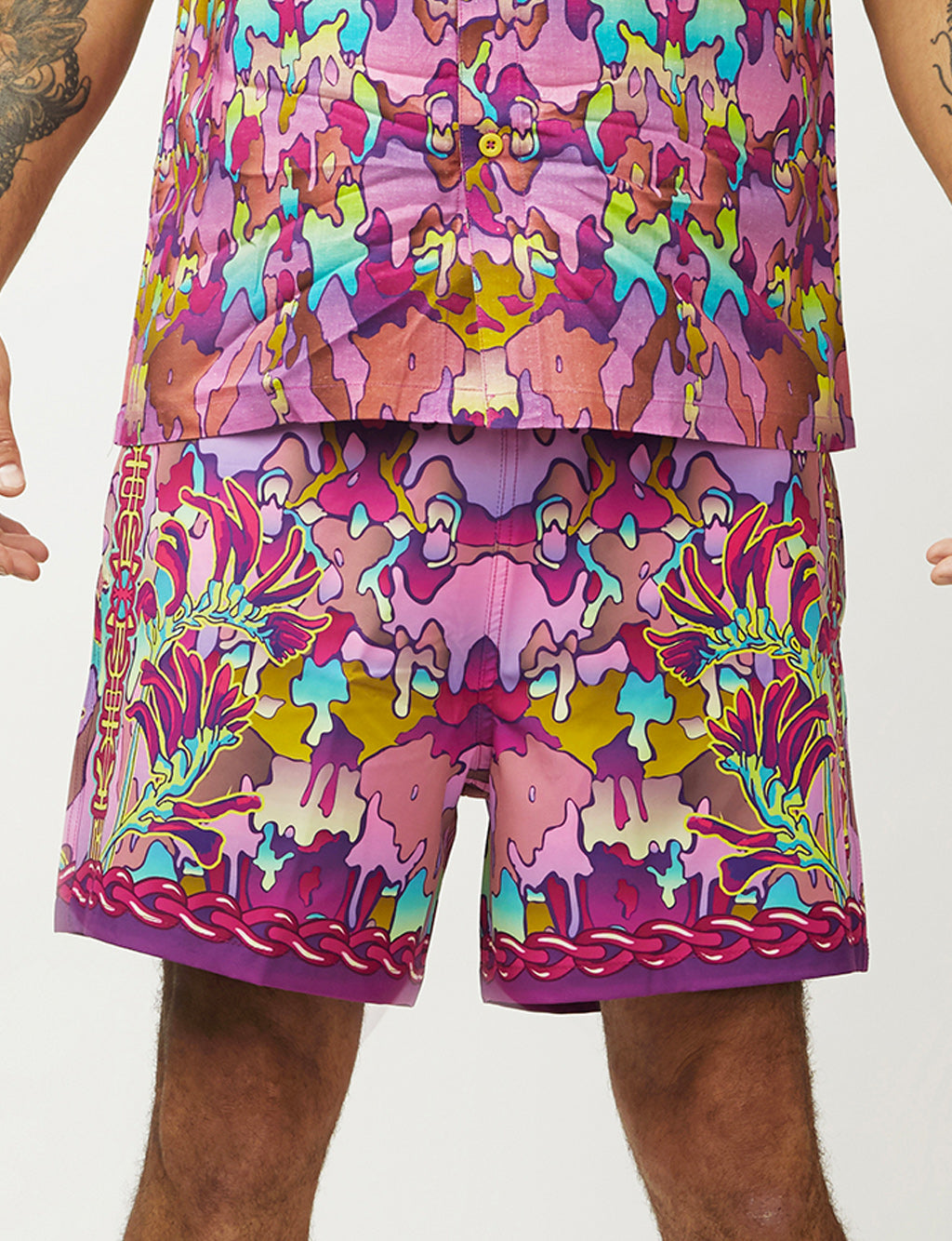 CRYPTIC FREQUENCY SURFARI SHORTS