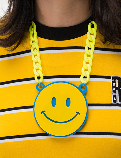 HAPPY SMILE NECKLACE