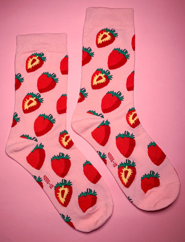 STRAWBERRY KISSES SOCKS