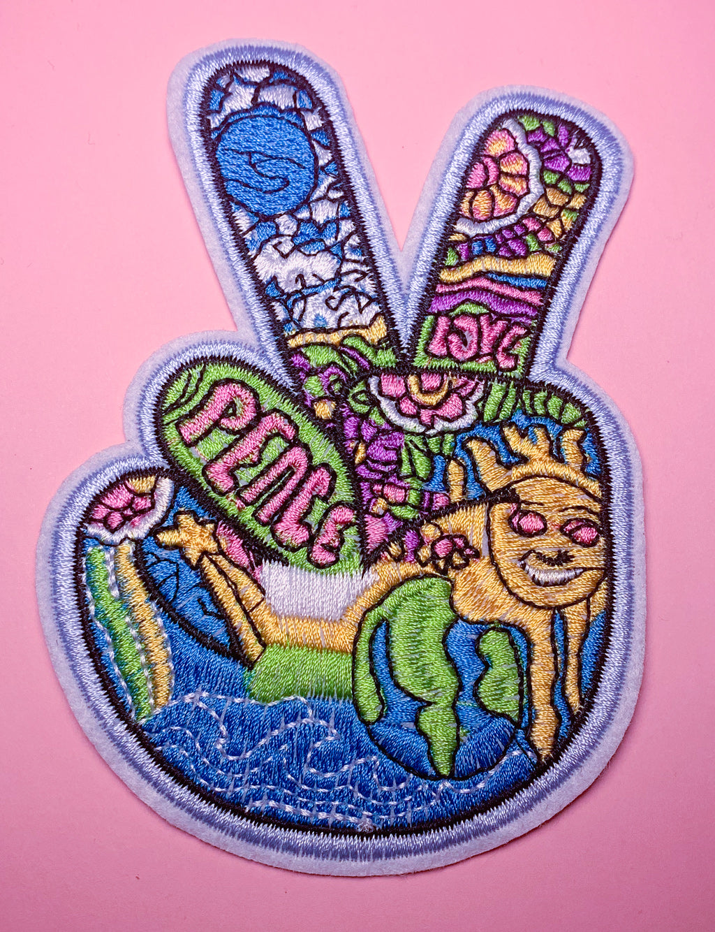 TRIPPY PEACE SIGN PATCH