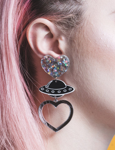 UFO HEART DROP EARRINGS