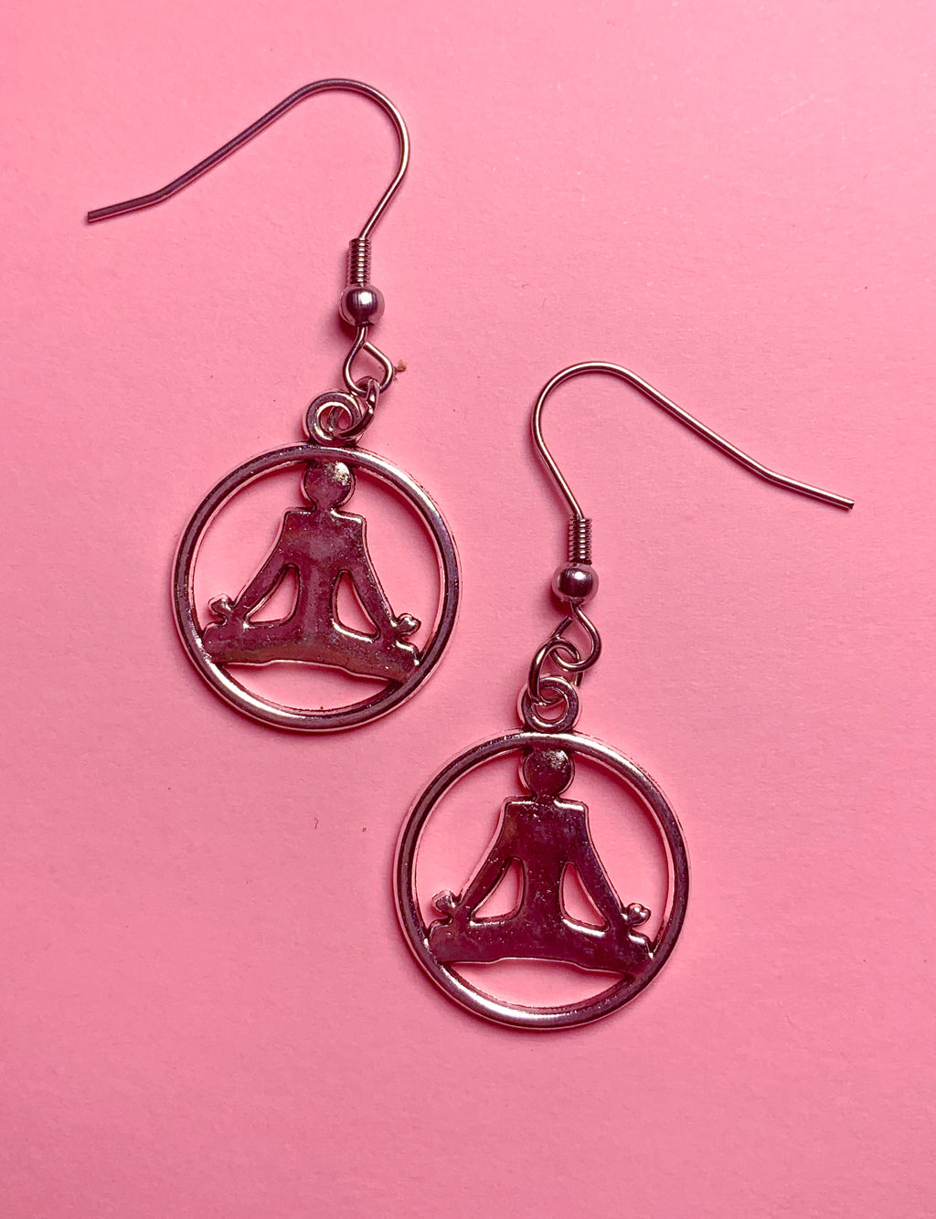YOGA PENDANT EARRINGS