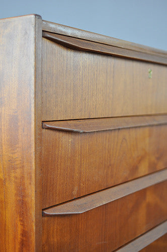 Attractive Chest of Drawers