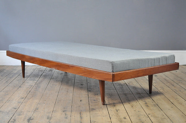 Minimalist Dutch Daybed