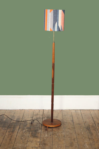 ON hold //  Rosewood Lampstand  FL0107