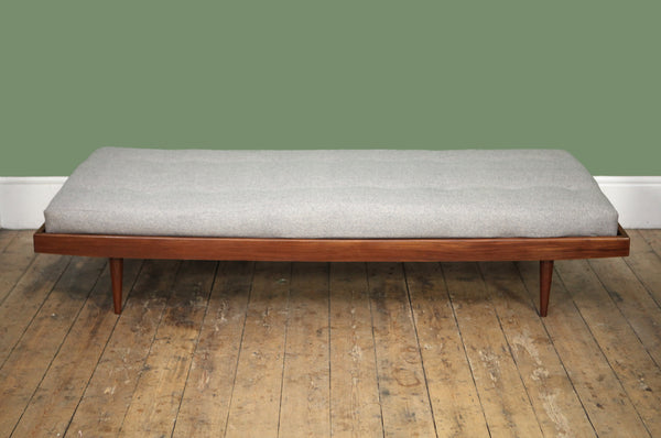 Buttoned Danish Daybed