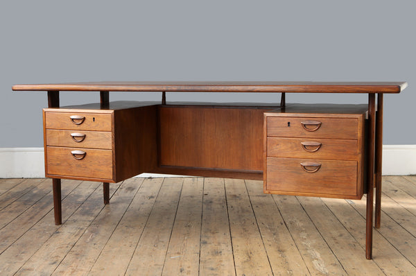 Kai Kristiansen Executive Desk