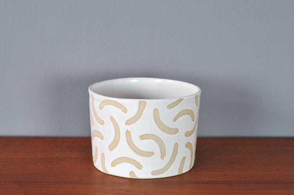 Medium Planter with White Glaze by Hannah Bould