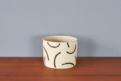 Small Hannah Bould Planter with Black Curves