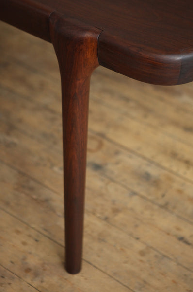 Rosewood Extendable Dining Table by Johannes Andersen
