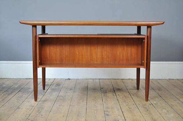 Quirky Louis van Teeffelen Desk