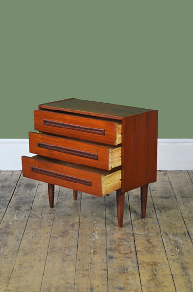 ON SALE // Cute Danish Chest - Forest London