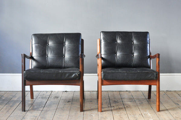 Pair of Ole Wanscher's Rosewood 'Senator Model 116' Chairs
