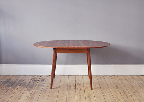 Charming Round Dining Table