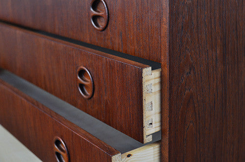 Distinctive Chest of Drawers