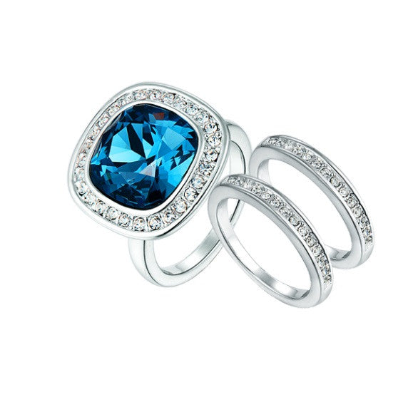 CDE Diana 3 piece ring set with rhodium plating size 6  embellished with Swarovski crystals