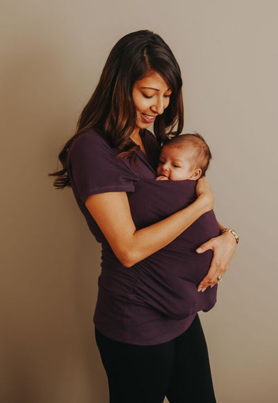 Maternity clothing Canada. Nursing tops Canada, affordable breastfeeding clothing. Kangaroo shirts Canada, babywearing shirts