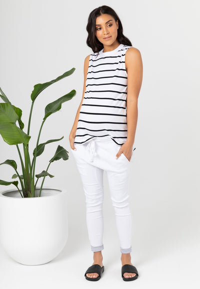 Maternity clothing Canada.  Pregnancy clothes Calgary, Nursing tops Canada, affordable breastfeeding clothing. Legoe Heritage Maternity Canada. affordable prices!