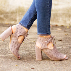 Online Clothing Boutique | Sweetest Stitch Shoes