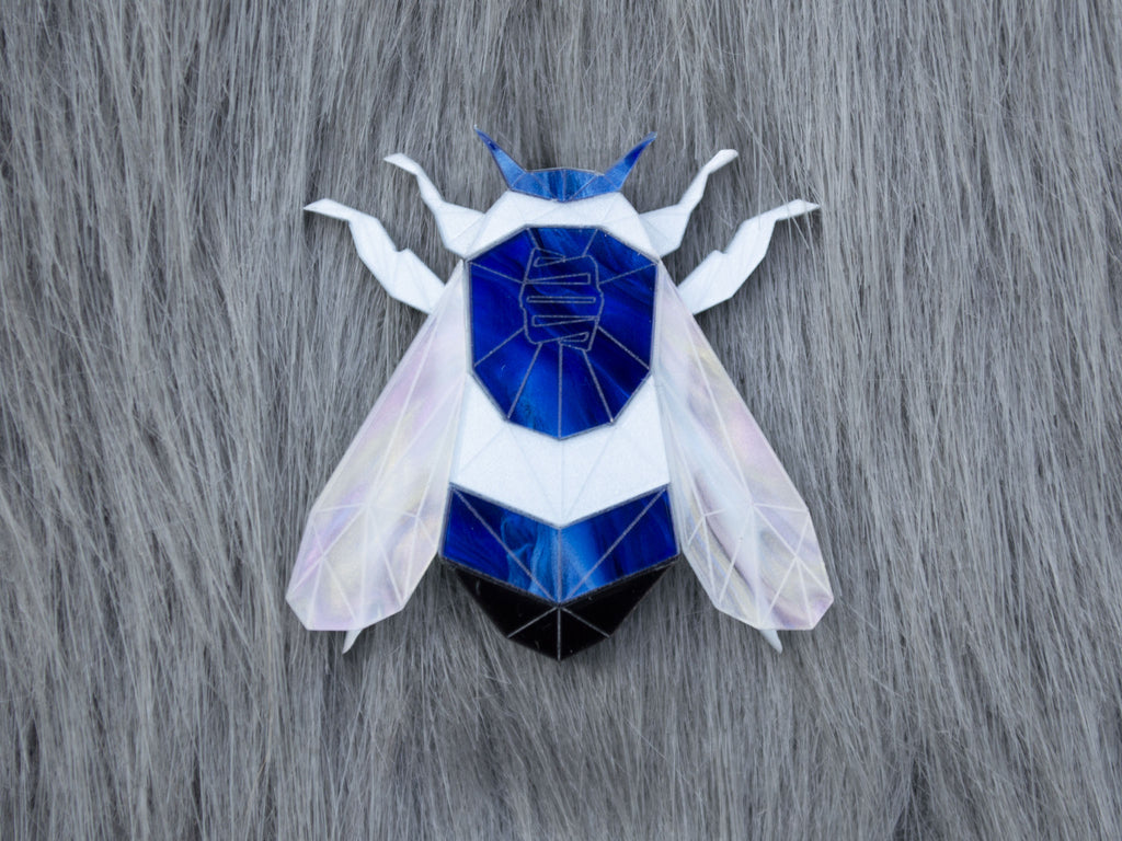 Bumblebee Brooch - Deep Blue