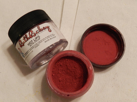 Hot Lips Petal Dust