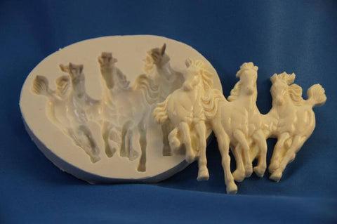 Western Mold 15 - The Horses