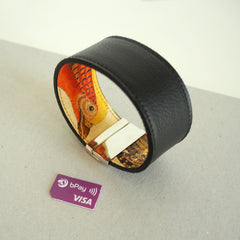 Contactless Payment Wristband for Men printed leather Tovi Sorga bPay Chip