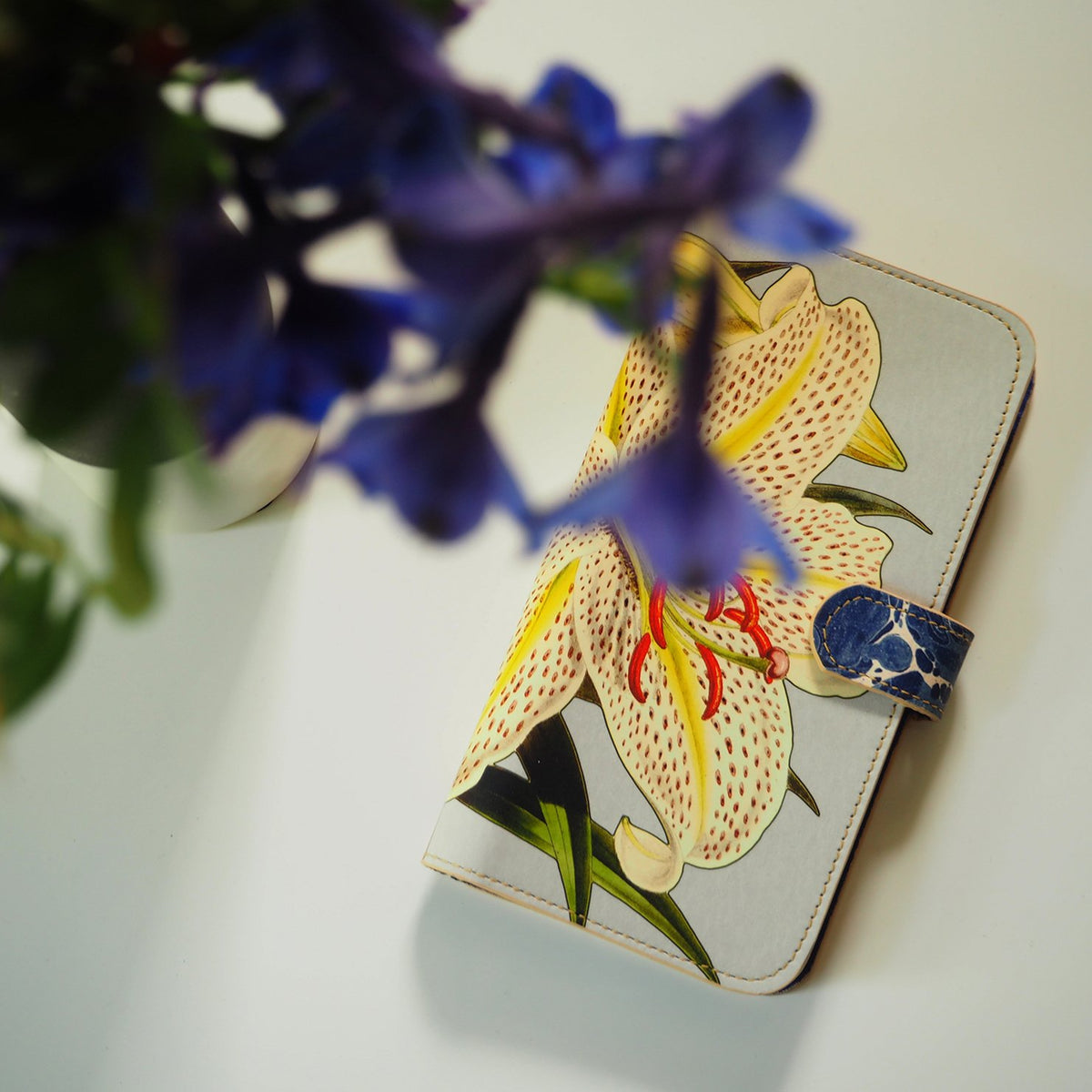 Leather Folio Phone Case - Lily