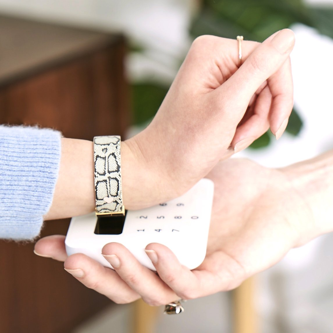 Leather Contactless Payment Bracelet: White Marble Contactless Payment Bracelet Tovi Sorga