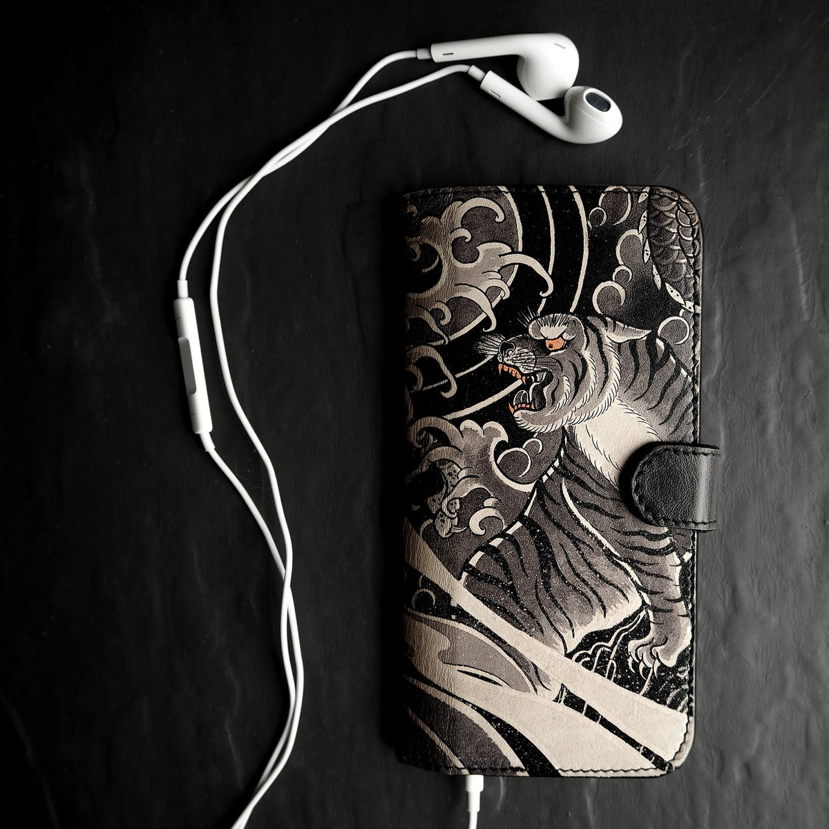 Leather Wallet Phone Case - Tiger and Dragon Tattoo Phone case Tovi Sorga