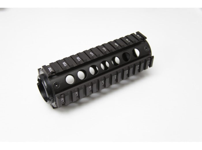 APS M4 rail handguard (fits battery)