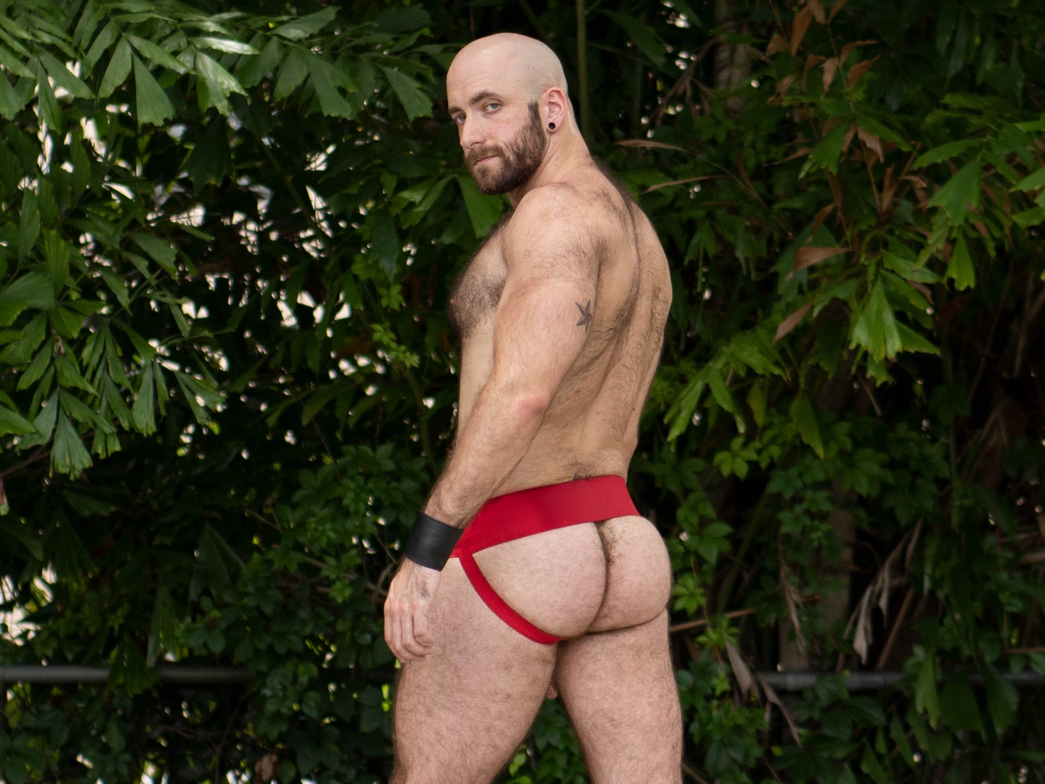 Gruff Pup Quarterback Jock - Red