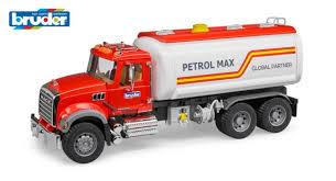 BRUDER MACK - BR1:16 MACK Granite Tank truck with water pump - 02827
