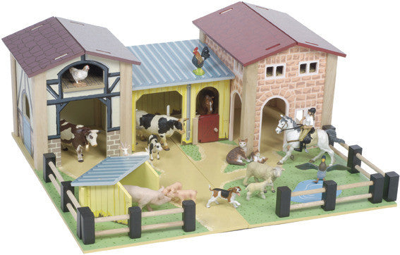 LE TOY VAN The Farmyard Play Set