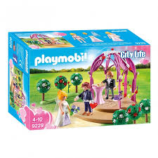 PLAYMOBIL City Life Wedding Ceremony with Pavilion & Couple 9229