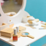 MAKE ME ICONIC -  Beauty Set - Wooden
