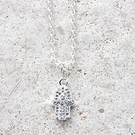 Fatimas Hand Necklace - Short chain in Silver