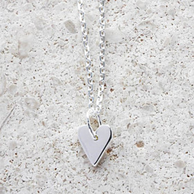 Heart Necklace - Short chain in Silver
