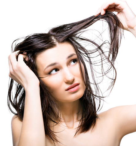 Blog Feed Article Feature Image Carousel: What Is Dry Shampoo – and Do You Need It?