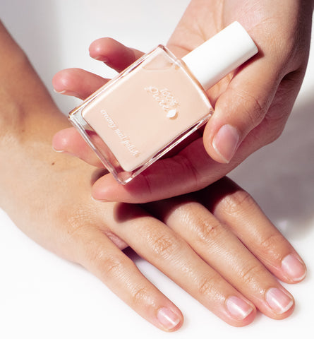 Blog Feed Article Feature Image Carousel: The Best Natural Nail Colors for Any Skin Tone