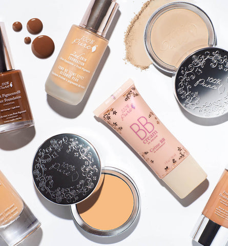 Blog Feed Article Feature Image Carousel: How to Choose a Natural Foundation