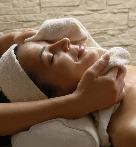 Blog Feed Article Feature Image Carousel: Facial Spa Treatments by 100% Pure™
