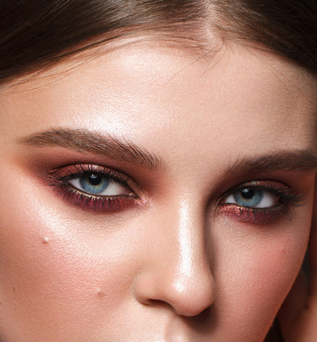 Blog Feed Article Feature Image Carousel: 3 Easy Makeup Looks for Blue Eyes