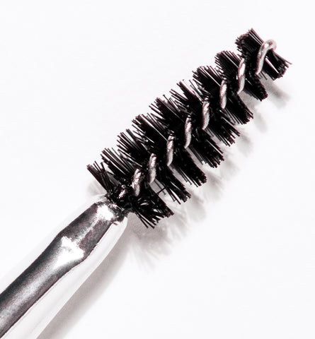Blog Feed Article Feature Image Carousel: 6 Ways to Get the Most from Your Eyebrow Brush